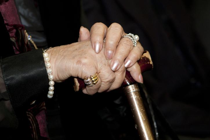 高齢者風俗嬢はこれから増えていく?(写真:iStock)