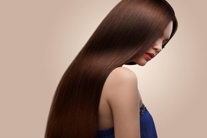 美しい髪は女の武器(写真:iStock)
