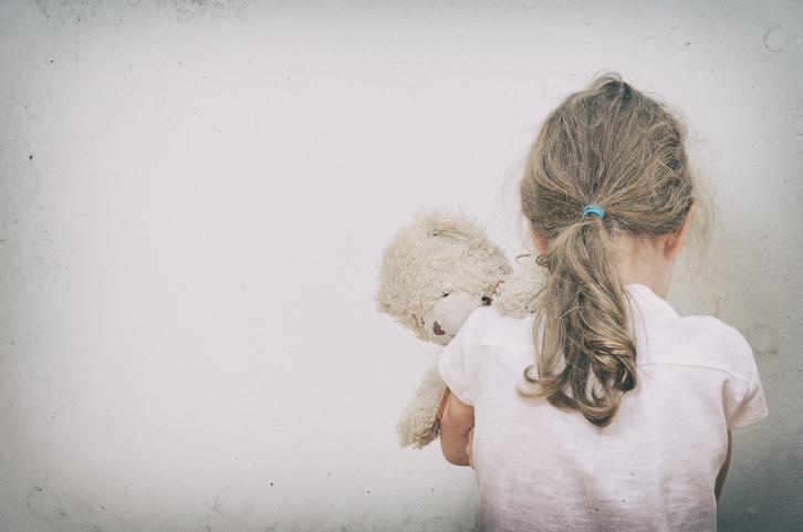 子どもが犠牲になることも(写真:iStock)