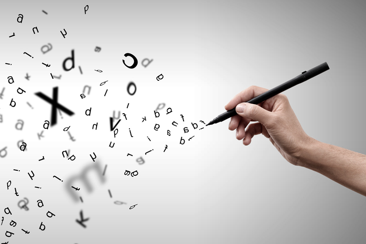 怒りの原因を書き出してみてもいいかも(写真:iStock)