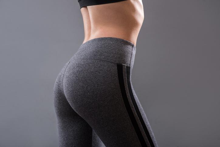 メリハリある体は若さの証拠(写真:iStock)