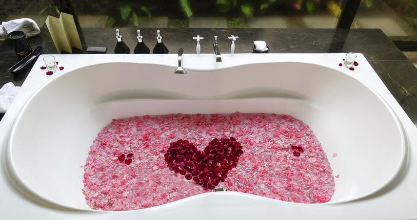 お風呂タイムをよりセクシーな時間に(写真:iStock)