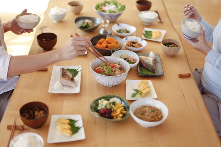 愛情を込めれば、誰にも負けない料理が出来るはず(写真:iStock)