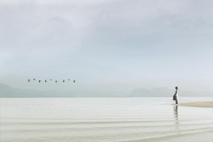「お帰りいただきます」の冷徹(写真:iStock)