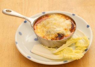 「サバ味噌缶のチーズ焼き」フライパンいらずの簡単おつまみ