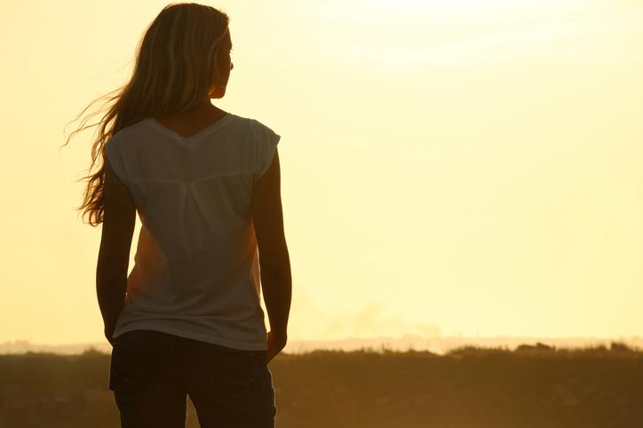 涙を堪える癖からたまには自由になってみては(写真:iStock)