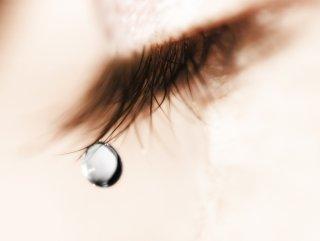 泣きたくなったら…オトナ女子が知っておくべき涙のこらえ方