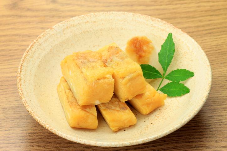玉子焼きは料理の基本中の基本(写真:iStock)