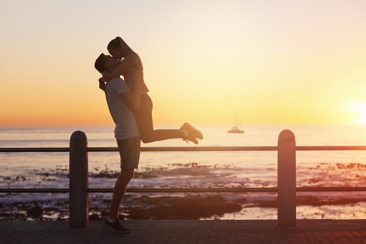 我慢した分、思い切り幸せなデートを(写真:iStock)