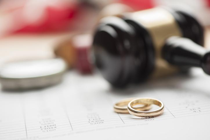 離婚では《したい側》の主張が通る(写真:iStock)