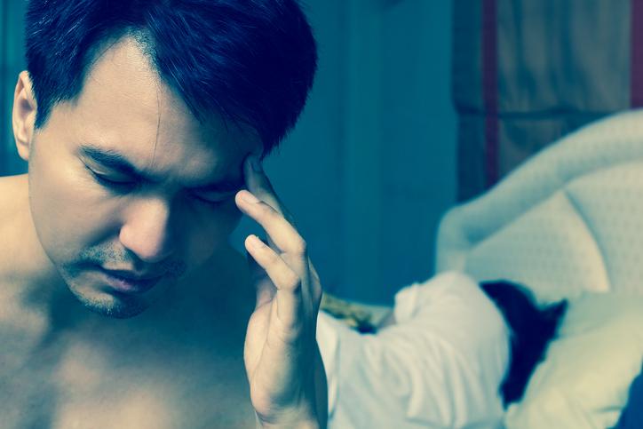 男性としての自信を失って…(写真:iStock)
