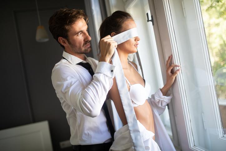 M女性の願望を叶えるには、責め手となる相手が必要(写真:iStock)