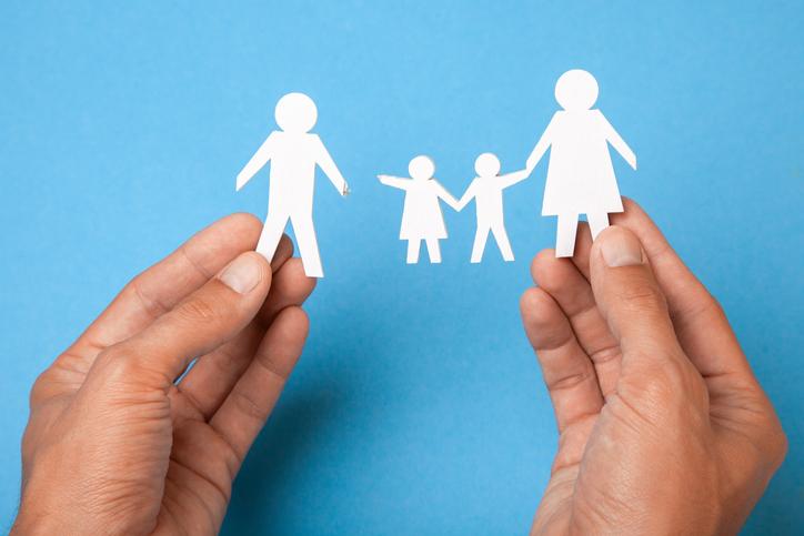 家族構成の変化に不安も(写真:iStock)