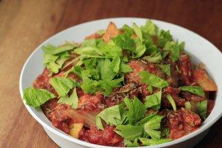 「サバの味噌煮缶とトマトの煮込み」2つの酸味が味に深みを