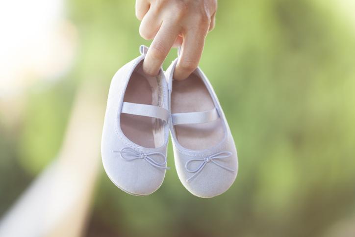 妊娠・出産についてはしっかり考えて(写真:iStock)