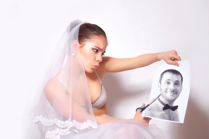 なぜ結婚前に気付けなかったのか…(写真:iStock)