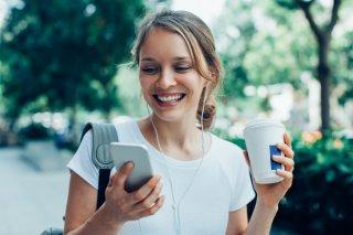 恋人と知り合うきっかけ 米国は4人に1人がマッチングアプリ
