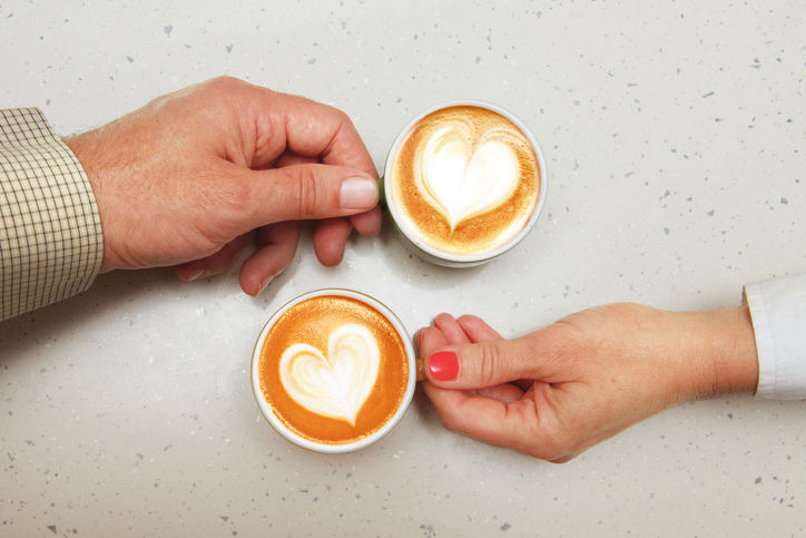 日頃から愛情を伝えることを心がけて(写真:iStock)