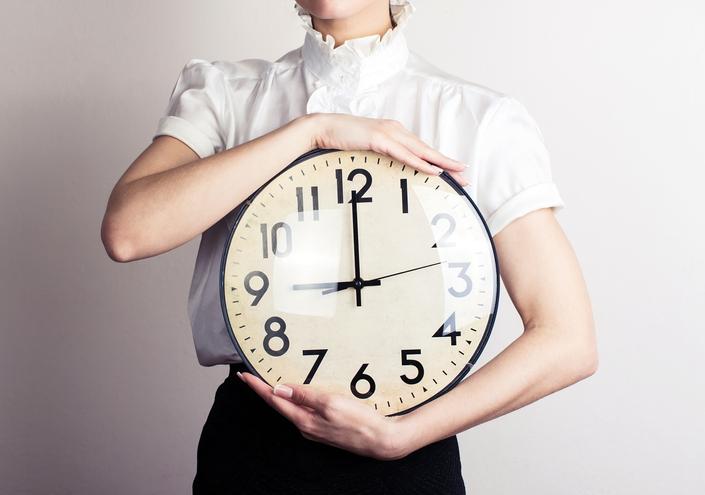 すき間時間をいかに有益な時間に変えられるか(写真:iStock)