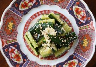 暑い日に食べたい「蒜泥黄瓜(キュウリのニンニク和え)」