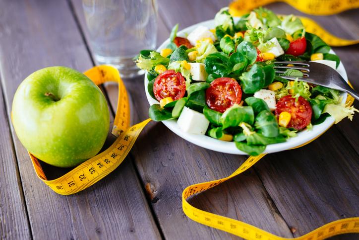 食生活を戻してリトライ!(写真:iStock)