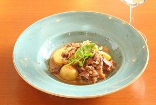 和と洋をミックス「牛肉とジャガイモのすき焼き風ミルク煮」