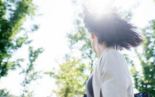 夏の新常識!髪と頭皮を紫外線から守る4つのUVケア方法♪