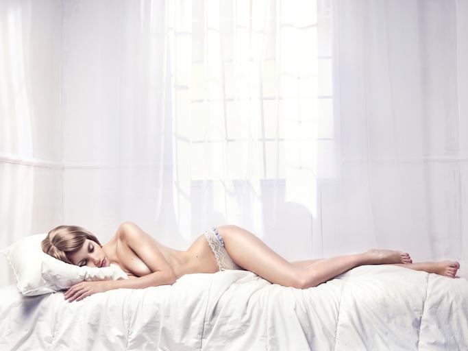 眠る前のひと時に…(写真:iStock)