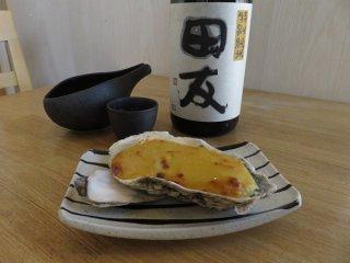「牡蠣の玉味噌焼き」フタ代わりに牡蠣のうま味を閉じ込める