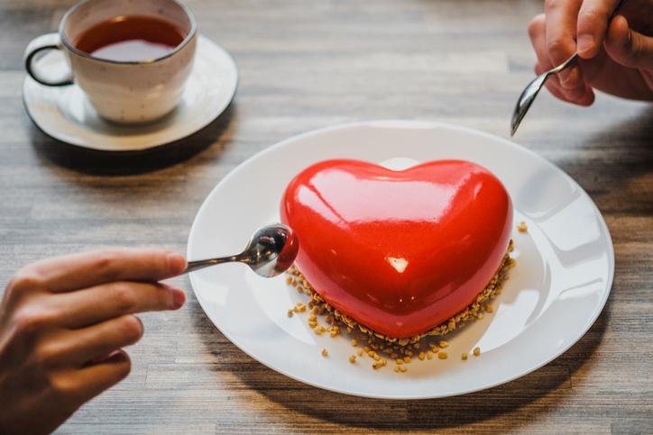 恋愛感情はホルモンによる化学的作用って本当?(写真:iStock)