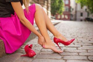 靴擦れが…今すぐできる即効対策&痛くならない方法や裏技