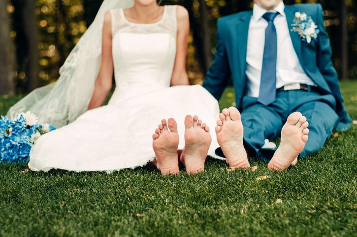 20代前半で結婚を考えるのは早すぎる?(写真:iStock)