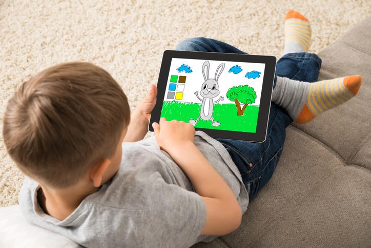 教育に役立つアプリがいっぱい!(写真:iStock)