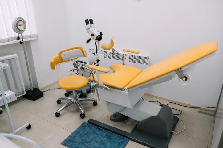 あの内診台……(写真:iStock)