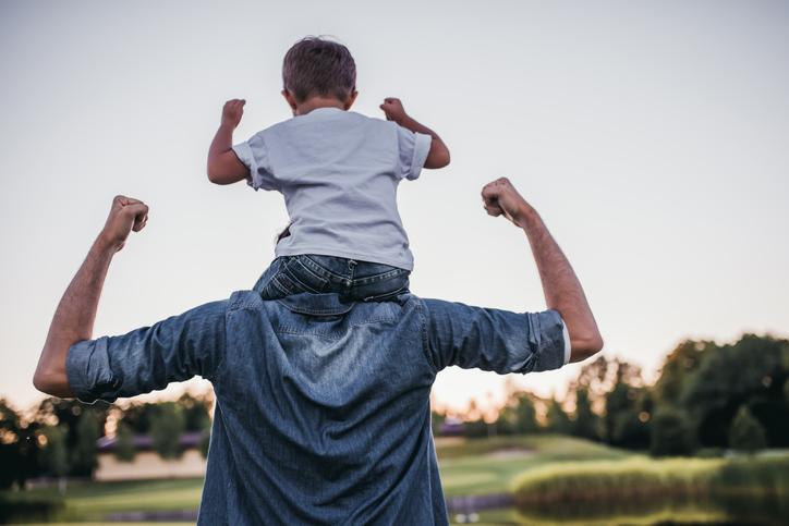 父親になった彼が想像できる?(写真:iStock)