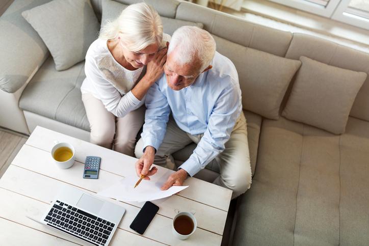 老後の生活について今から考えてみる(写真:iStock)