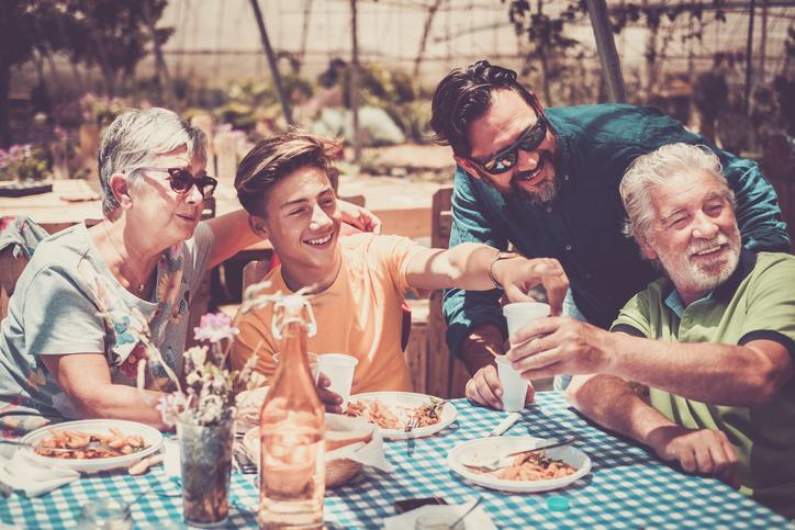 「家族が大事」なのはいいことだけど…(写真:iStock)