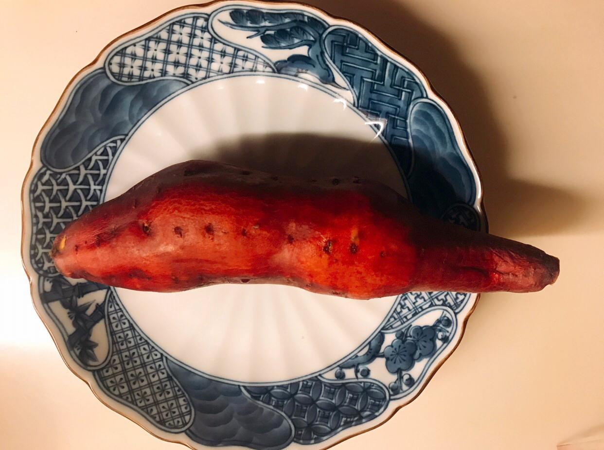 デザートのサツマイモ(写真:小悪魔ドルチェ寿司)