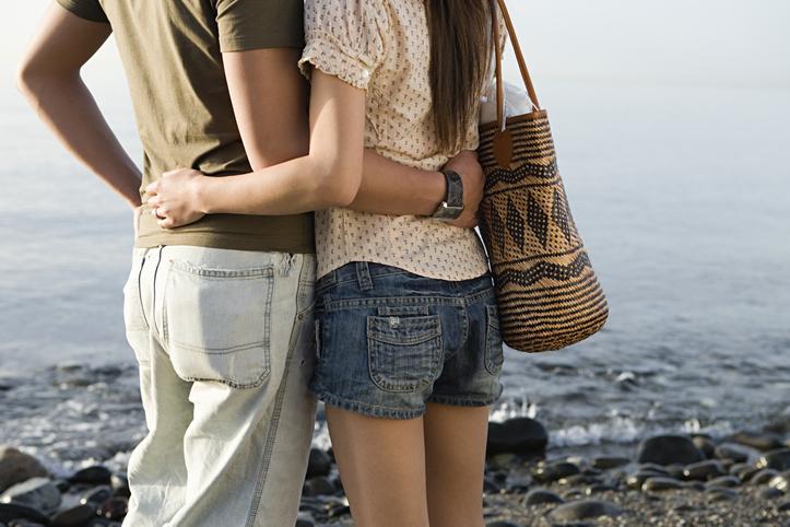 周囲に迷惑をかけず、大人なお付き合いを(写真:iStock)