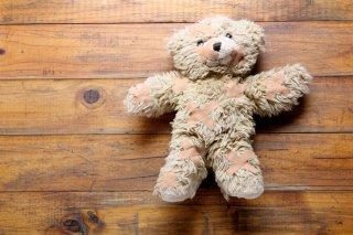 なぜ内縁の夫や再婚夫はシングルマザーの連れ子を虐待する?