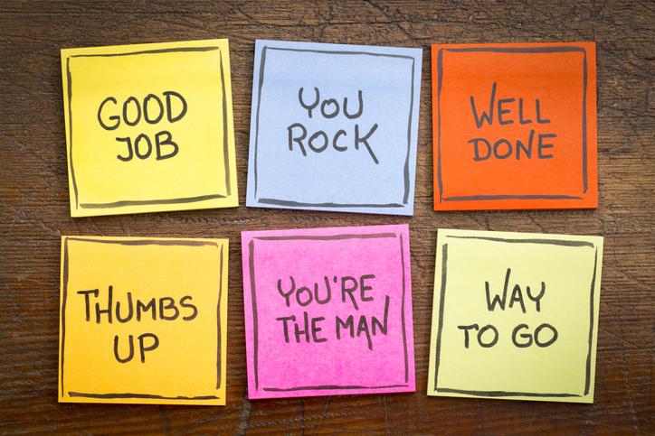 いろんな褒め言葉を用意してあげて(写真:iStock)