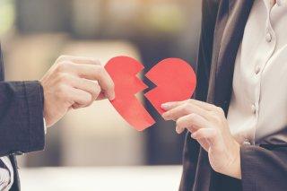 彼氏に別れを告げられた時に未練があったら?4つの対処法!