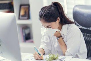 職場で泣く女性は4タイプ! 泣かれた時のベスト対応は?