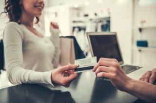 キャッシュレス払いは賢く!クレジットカードとの付き合い方