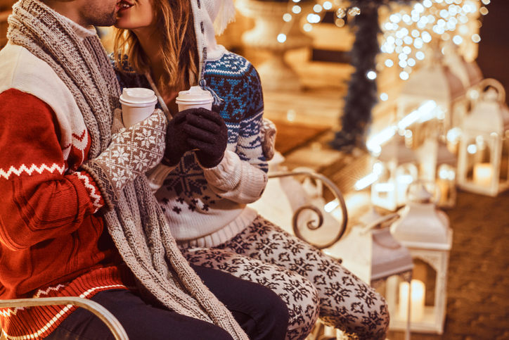 クリスマスデートはやっぱり特別!(写真:iStock)