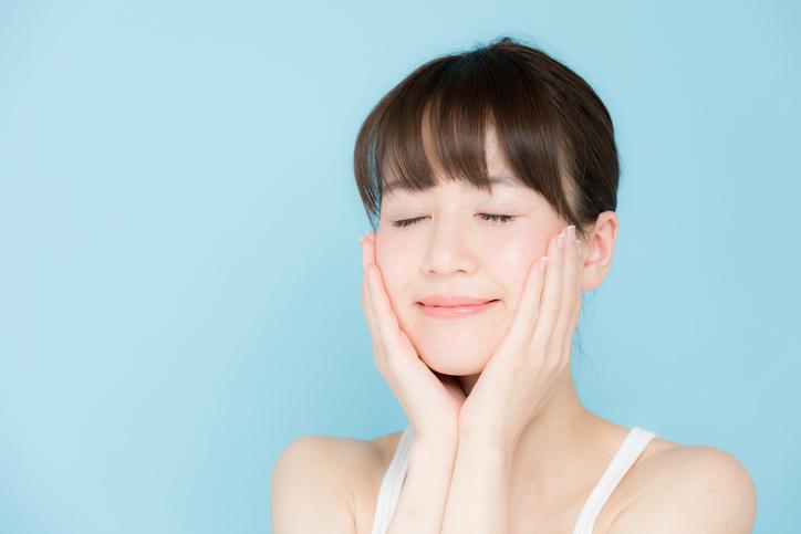 丁寧な洗顔でクリアなお肌に(写真:iStock)