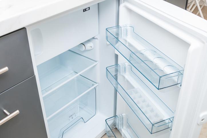 冷蔵庫の中もチェックしておきたい(写真:iStock)