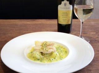 シンプルがいい「白身魚とポテトの蒸し煮ピスタチオソース」