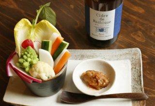 蕎麦屋の楽しみをお家で「蕎麦味噌と季節の野菜スティック」