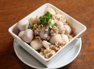 「サトイモとひき肉の煮物」冷凍サトイモを使えば包丁いらず